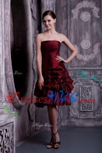 Pretty Burgundy Strapless Prom Homecoming Dress Taffeta Pick-ups Knee-length