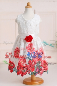 Elegant Princess Scoop Lace and Handcraft Flower Girl Dress in White
