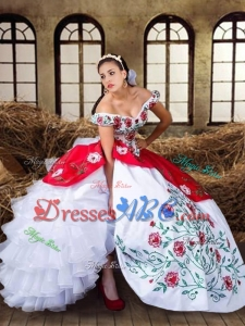Wild West Elegant Off The Shoulder Organza Quinceanera Dress with Embroidery and Ruffled Layers