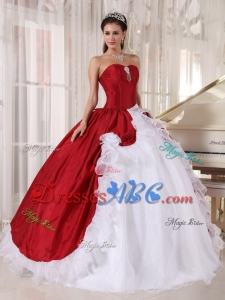 Sweetheart Beading Ruffled Red and White Ball Gown Quinceanera Dresses