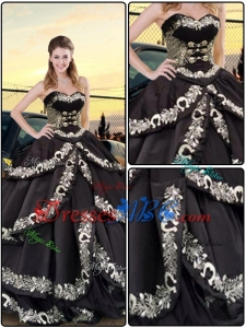 Latest Embroidery Sweetheart Quinceanera Dresses in Black