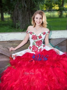 2017 Popular Western Theme Off the Shoulder Embroideried White and Red Removable Quinceanera Dress