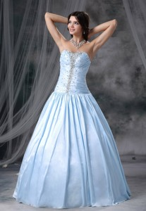 Story City Iowa Beaded Decorate Up Bodice Sweetheart Neckline Organza And Taffeta Light Blue