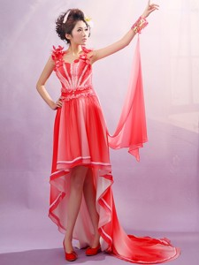 Red Straps Applqiues Decorate Bust Maxi Dress With Chiffon For Party In Korsholm Finland