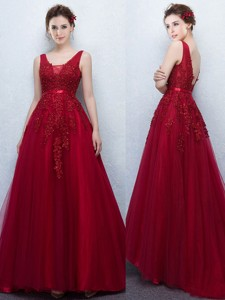 Gorgeous V Neck Applique and Belted Prom Dress in Wine Red