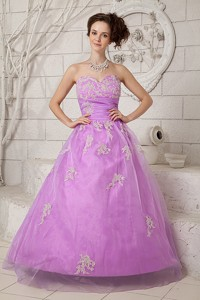 Beautiful Lavender Sweet 16 Dress Sweetheart Tulle Appliques Floor-length