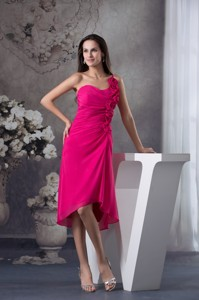 Fuchsia One Shoulder Knee-length Homecoming Dress With Handmade Flowers