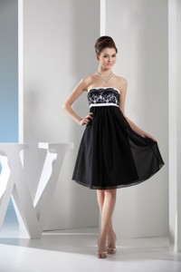 Black and White Knee-length Chiffon Prom Gown Dress with Lace