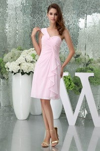 Chiffon Knee-length One Shoulder Baby Pink Ruched Homecoming Dress