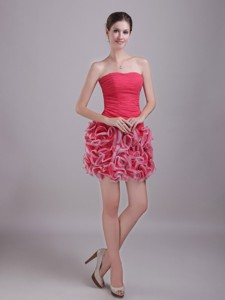 Red Column/sheath Strapless Mini-length Chiffon And Organza Ruch Cocktail Dress
