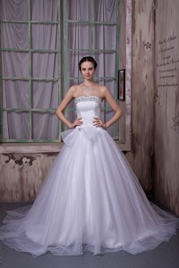 Simple Strapless Chapel Train Beading Satin And Tulle Wedding Dress