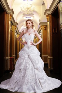 Most Popular Princess Sweetheart Court Train Wedding Dress With Embroidery