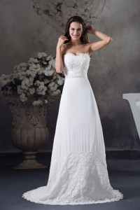 Lace Wedding Dress With Sweetheart Brush Train