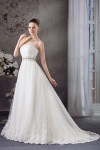 Strapless Lace Beading Tulle Wedding Dress