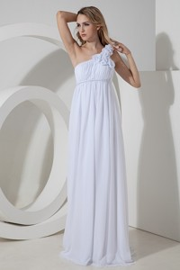 Elegant Empire One Shoulder Floor-length Chiffon Hand Made Flowers Wedding Dress