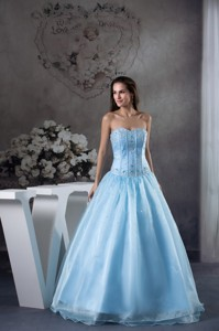 Light Blue Sweetheart Floor-length Organza Appliques and Beading Prom Dress