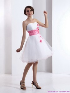 Romantic Sweetheart White Prom Dress With Hand Made Flowers