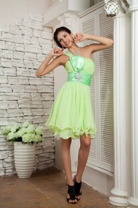Yellow Green Empire One Shoulder Mini-length Chiffon Beading Prom / Homecoming Dress