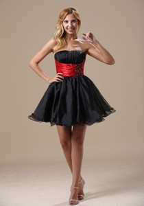 Montana Mini-length Beaded Decorate Wasit Black And Red Organza And Taffeta Prom Cockt