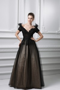 New Appliques V-neck Tulle Black Prom Dress