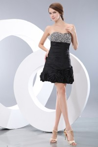 Unique Black Short Prom Homecoming Dress Pricess Sweetheart Mini-length Taffeta Beading