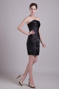 Black Column Strapless Short Taffeta Ruch Prom / Cocktail Dress