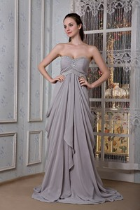 Exclusive Grey Empire Graduation Dress Sweetheart Beading Brush Train Chiffon