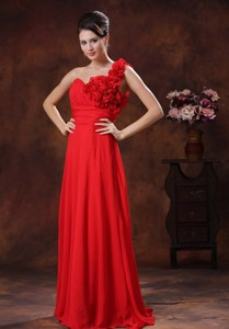 Flowers Decorate Shoulder Red Graduation Dress Wholesale