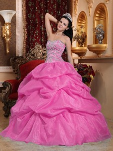 Rose Pink Ball Gown Sweetheart Floor-length Organza Beading Quinceanera Dress