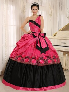 Coral Red One Shoulder In Arcadia California Quinceanera Dress With Bowknot And Appliques