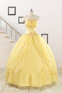 Pretty Yellow Quinceanera Dress With Appliques And Beading