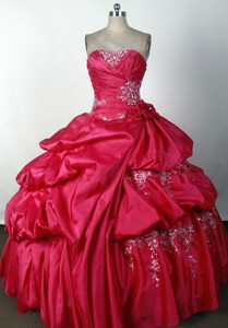 Luxurious Ball Gown Strapless Floor-length Quinceanera Dress