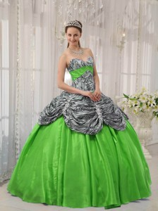 Spring Green Ball Gown Sweetheart Floor-length Taffeta and Zebra or Leopard Ruffles Quinceanera Dres