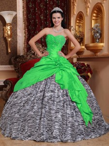 Green Ball Gown Sweetheart Floor-length Taffeta and Zebra Beading Quinceanera Dress