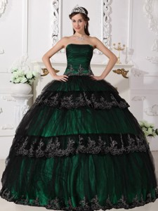 Dark Green Ball Gown Strapless Floor-length Taffeta and Tulle Appliques Quinceanera Dress