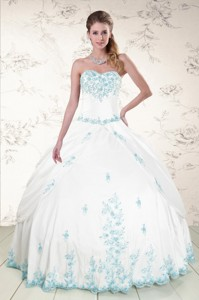 Modest Appliques Quinceanera Dress In White
