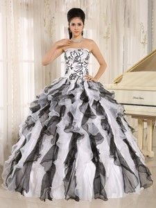 Multi-color Embroidery Ruffles Quinceanera Gowns With Strapless