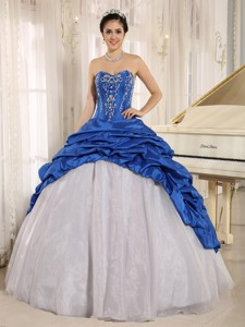 La Plata City Luxurious Blue And White Quinceanera Dress With Embroidery Sweetheart Pick-ups