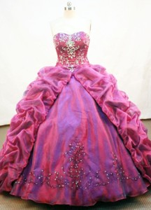 Luxurious Ball Gown Strapless Neck Floor-length Organza Quinceanera Dress
