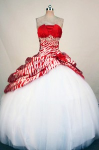 Fashionable Ball Gown Strapless Floor-length White Beading And Appliques Quinceanera Dress