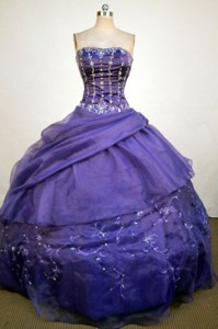 Luxurious Ball Gown Strapless Floor-length Purple Beading And Appliques Quinceanera Dress