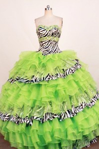 Beautiful Ball Gown Sweetheart Neck Floor-Length Spring Green Beading Quinceanera Dress