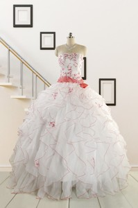 Elegant Sweetheart Quinceanera Dress With Appliques And Belt