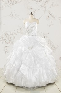 Classical White Quinceanera Dress With Beading And Ruffles