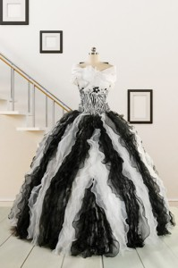 Black And White Sweetheart Dress For Quinceanera With Ruffles