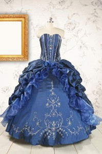 Classical Sweetheart Navy Blue Quinceanera Dress With Beading