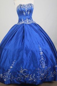 Classical Ball Gown Strapless Floor-length Blue Quinceanera Dress