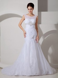 Pretty Mermaid Scoop Court Train Tulle Appliques and Ruch Wedding Dress