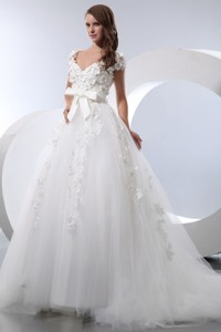 Pretty V-neck Chapel Train Taffeta And Tulle Hnad Made Flowers Wedding Dress