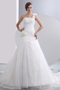 Simple One Shoulder Chapel Train Taffeta And Organza Hand Made Flowers Ruch Wedding Dress